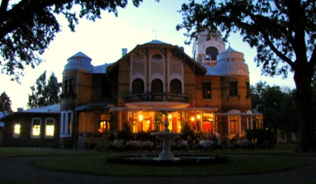 Ammende villa. 3. august 2013