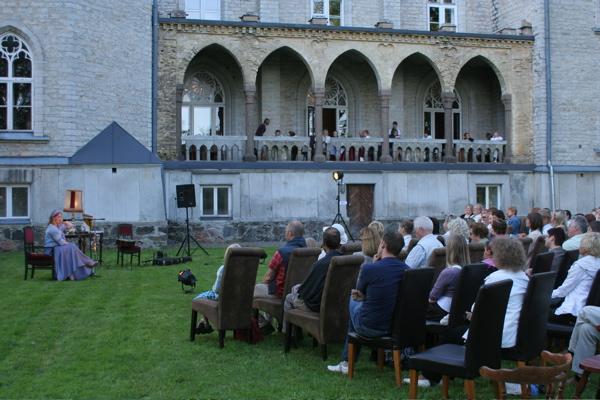 Kontsert Laitse lossi aias 18. juulil.